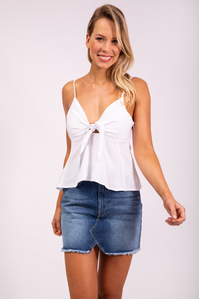 FRONT KNOT TOP - WHITE