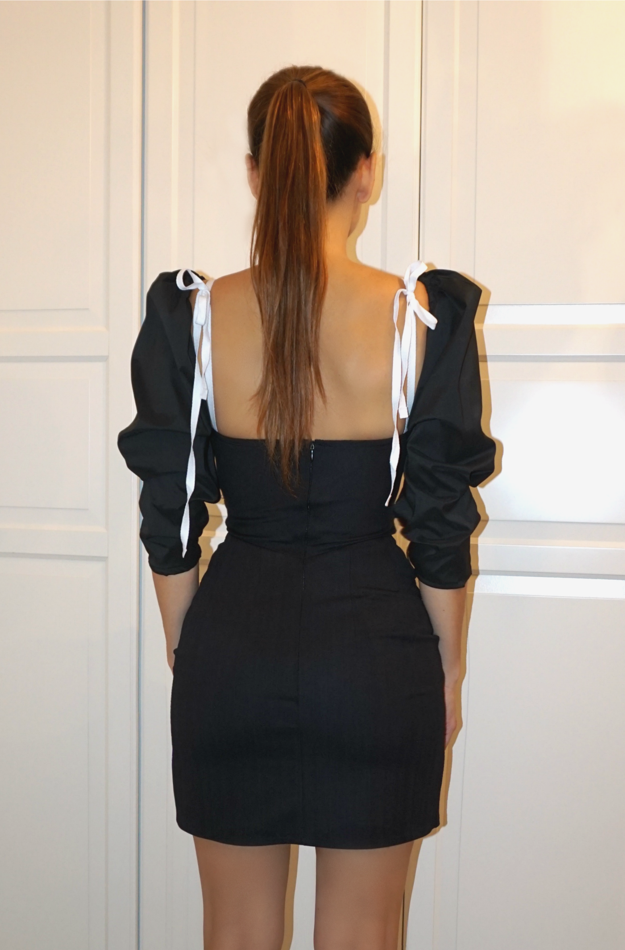 CORSET DRESS WITH BOW DETAIL