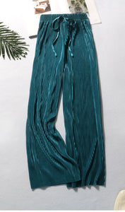 Pleated trousers