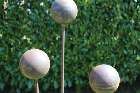 Big Ball plant stake, plant pin