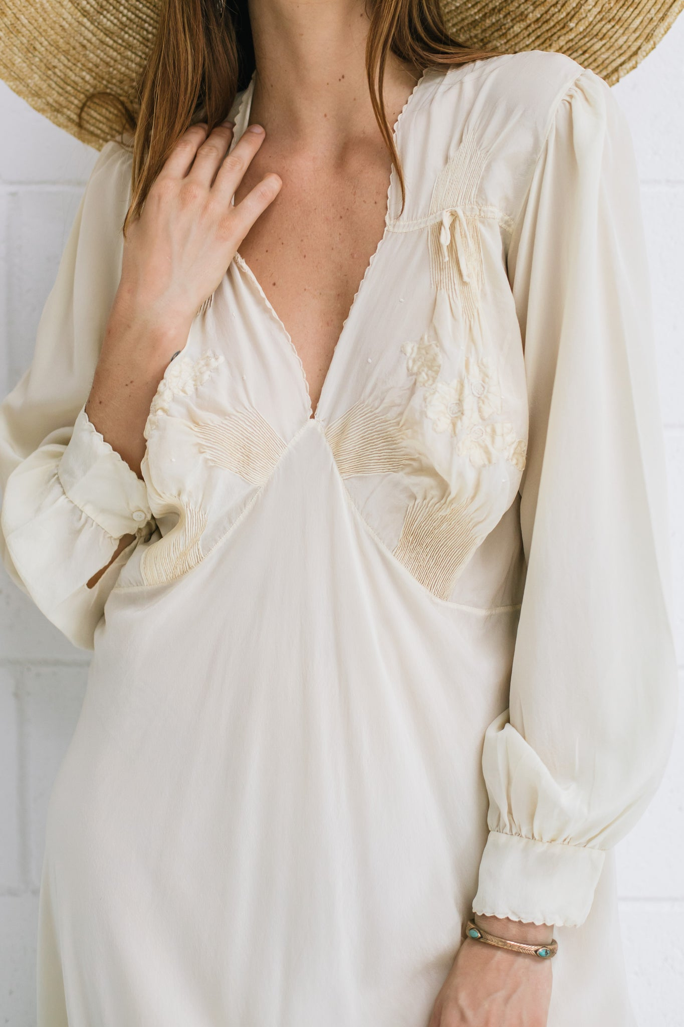 VINTAGE 1930's Embroidered Long Sleeve Ivory Silk Slip Dress M/L