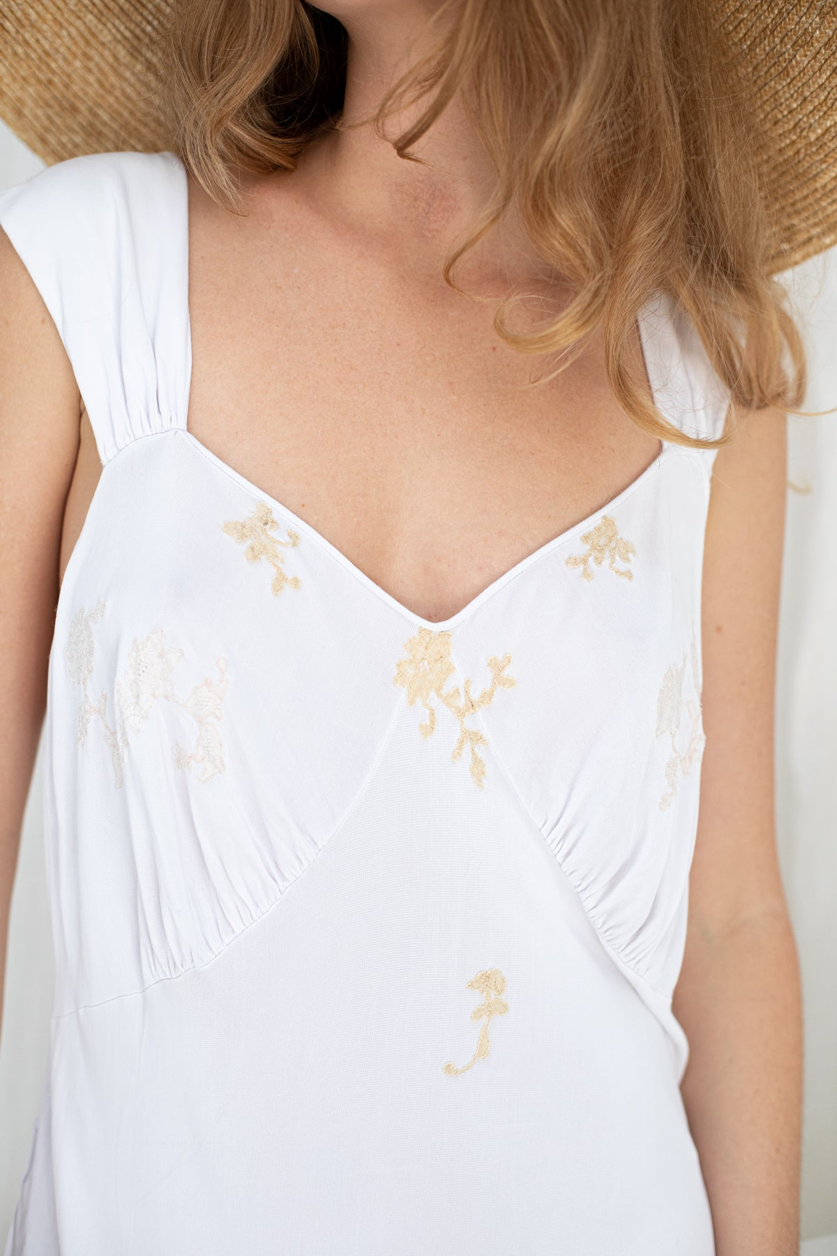 VINTAGE 1910's Edwardian Flower Embroidered Net Tea Dress S