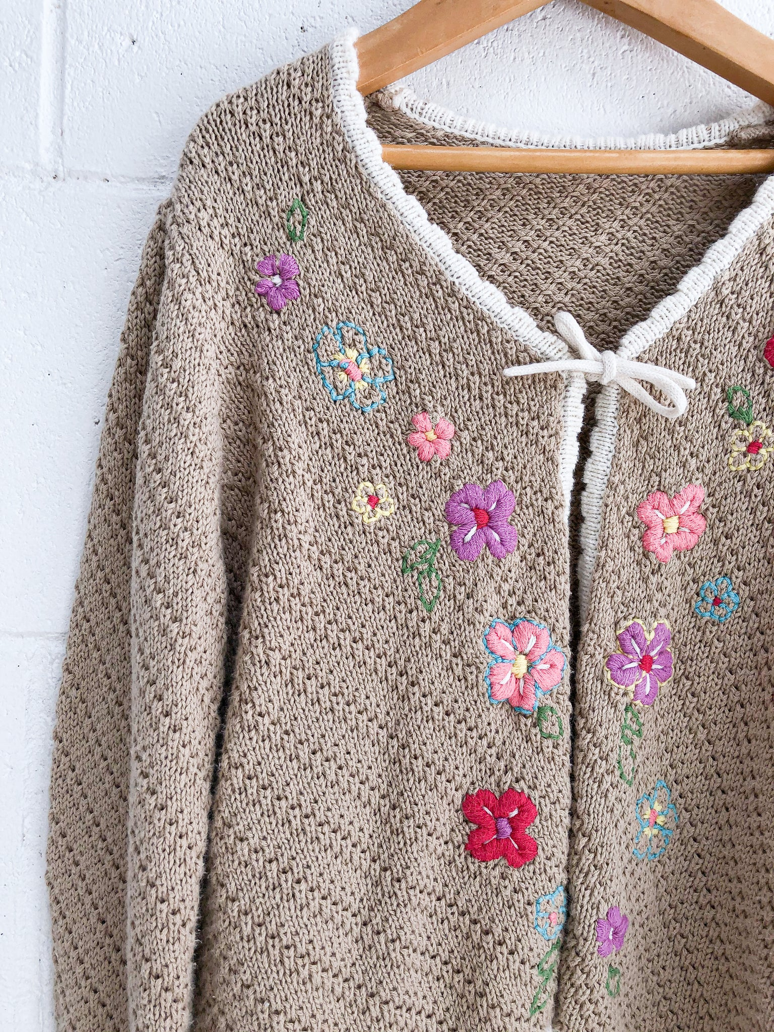 VINTAGE Flower Embroidered Cotton Cardigan