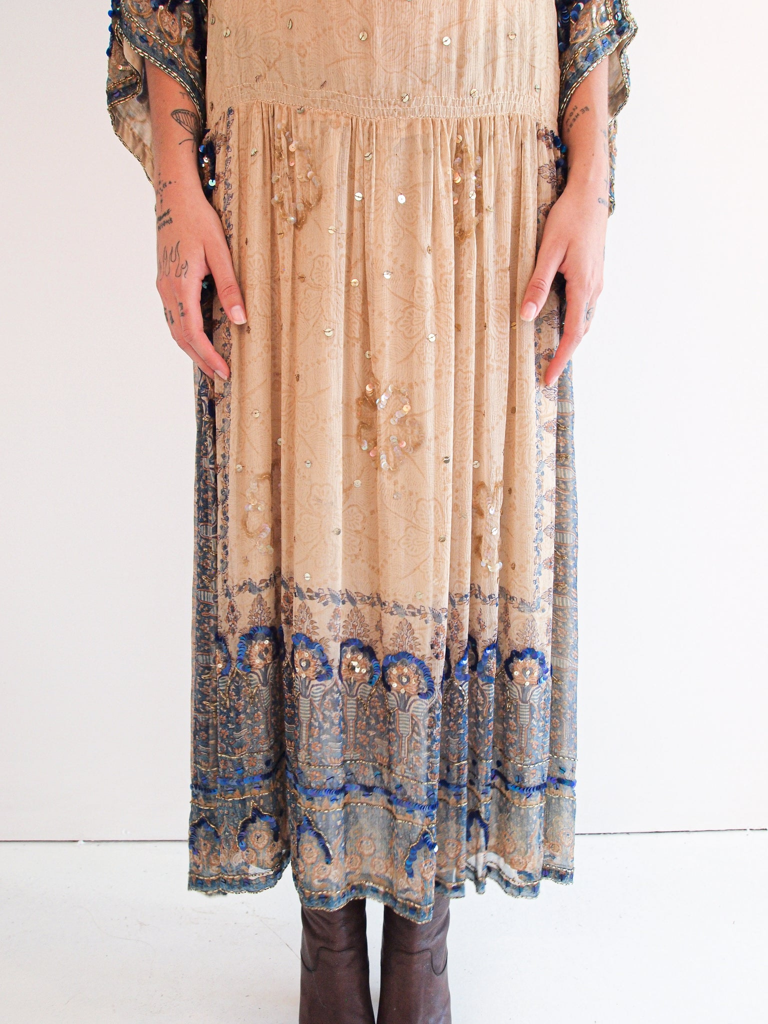 VINTAGE 1970's Embellished Ritu Kumar For Judith Ann Balloon Sleeve Silk Indian Midi Dress M/L