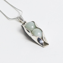 Load image into Gallery viewer, 35th jade necklace