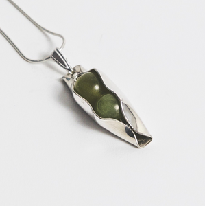 August Birthstone - Peridot Pea In A Pod