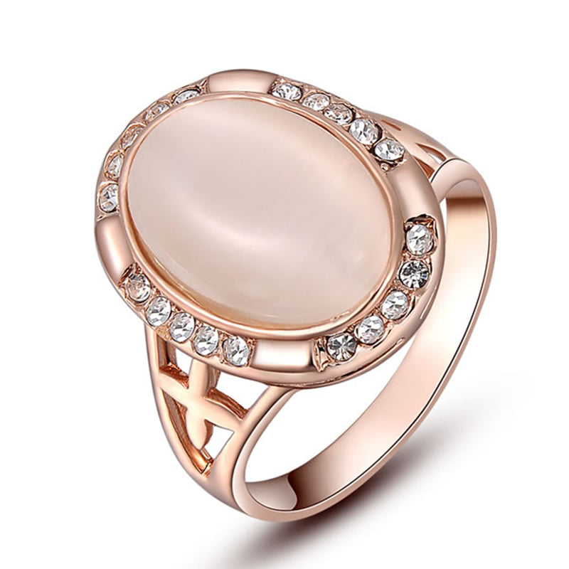 Big Opal Stone Top Grade Attractive Ring