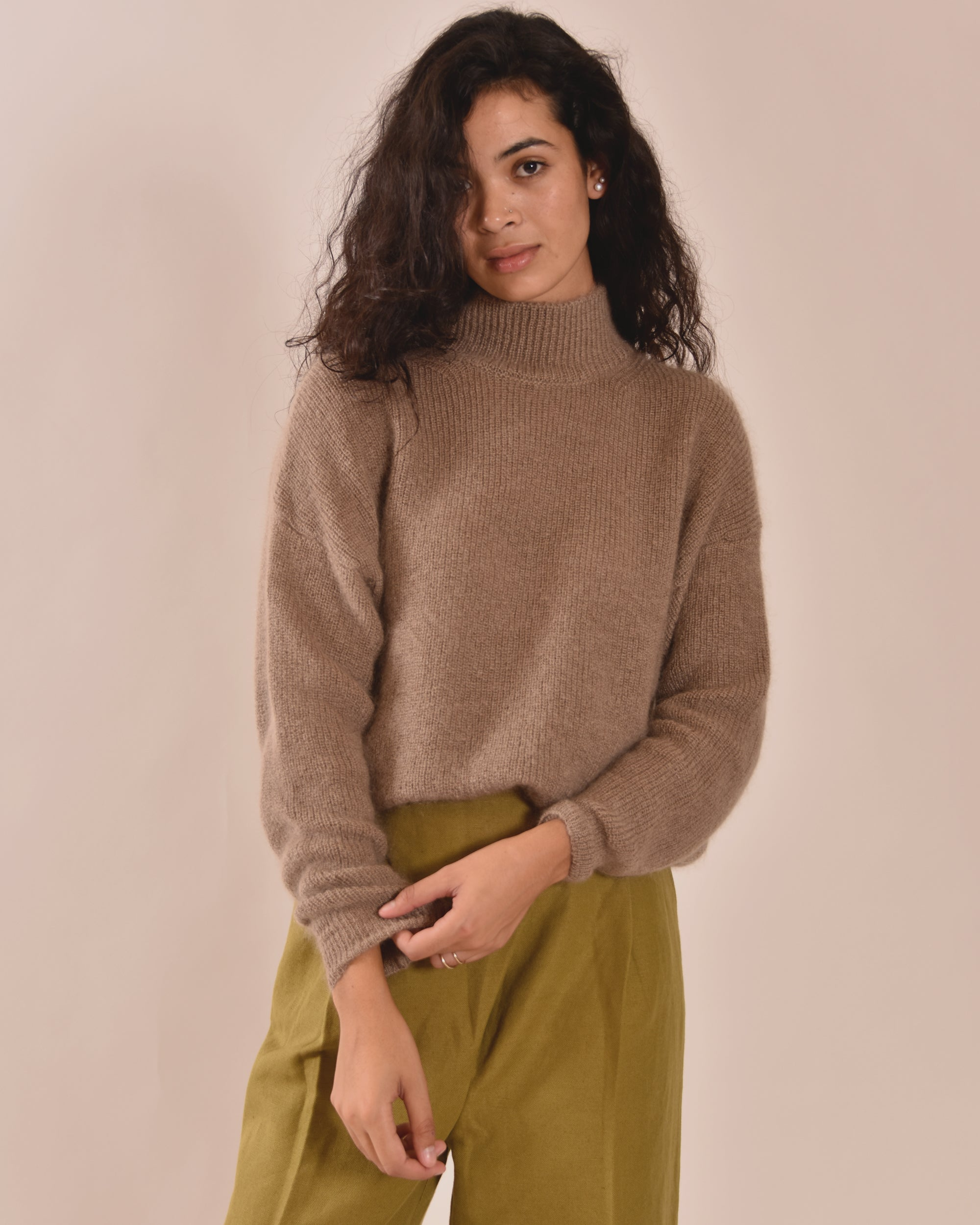 LIAH Leed High-Neck Knit / Fawn