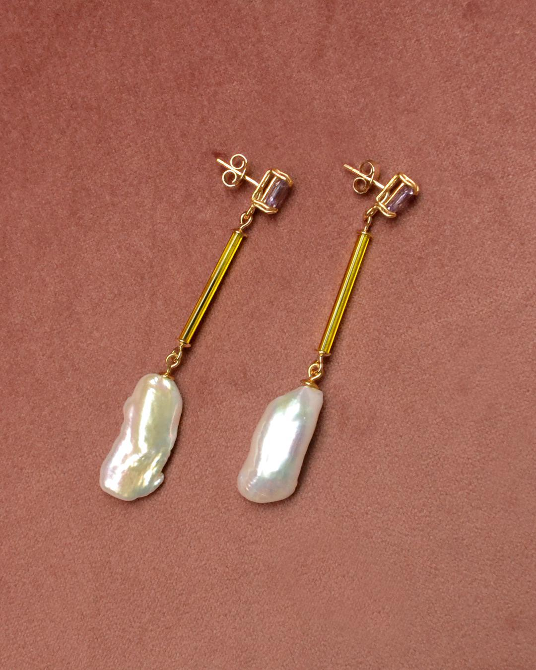 BEATRIZ PALACIOS Big Pearl Earrings