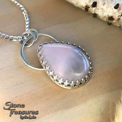 Champagne Agate Pendant - Stone Treasures by the Lake