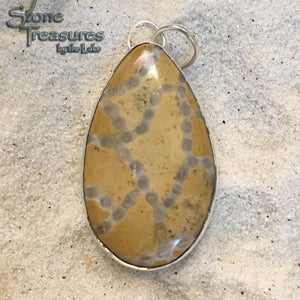 Halysite Pendant - Stone Treasures by the Lake