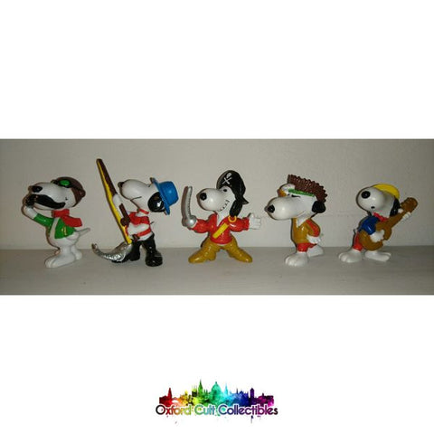 Set Of 5 Snoopy Figurines