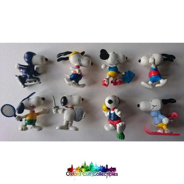 Set Of 8 Snoopy Figurines