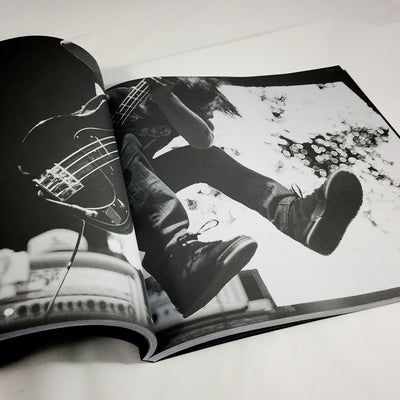 "Converge ""TOMBU"" Photo Booklet"