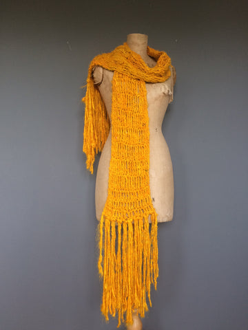 Sari silk yarn scarf pattern