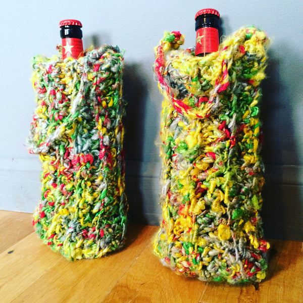 Free Crochet Wine Bag Pattern. Banana yarn.