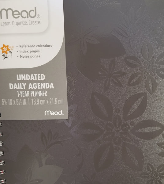 Mead Undated Daily Agenda 1-Year Planner (KDD39610)