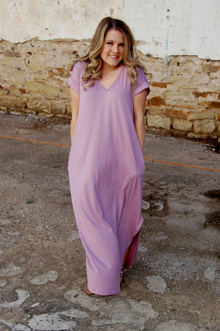 Buttery soft oversized maxi dress with pockets.  Lavendar long dress.  Entro maxi.  Oversized t-shirt maxi dress.