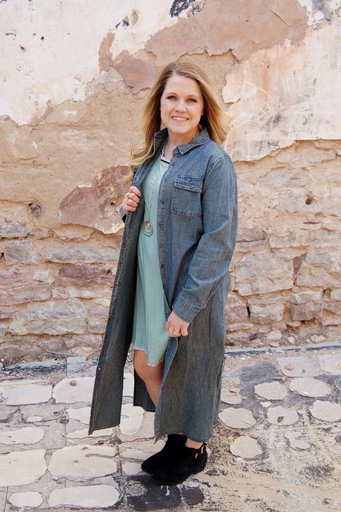Vintage, western style denim duster.  Button up denim duster.  Denim maxi dress.  NFR style.  NFR fashion.  Western maxi dress.