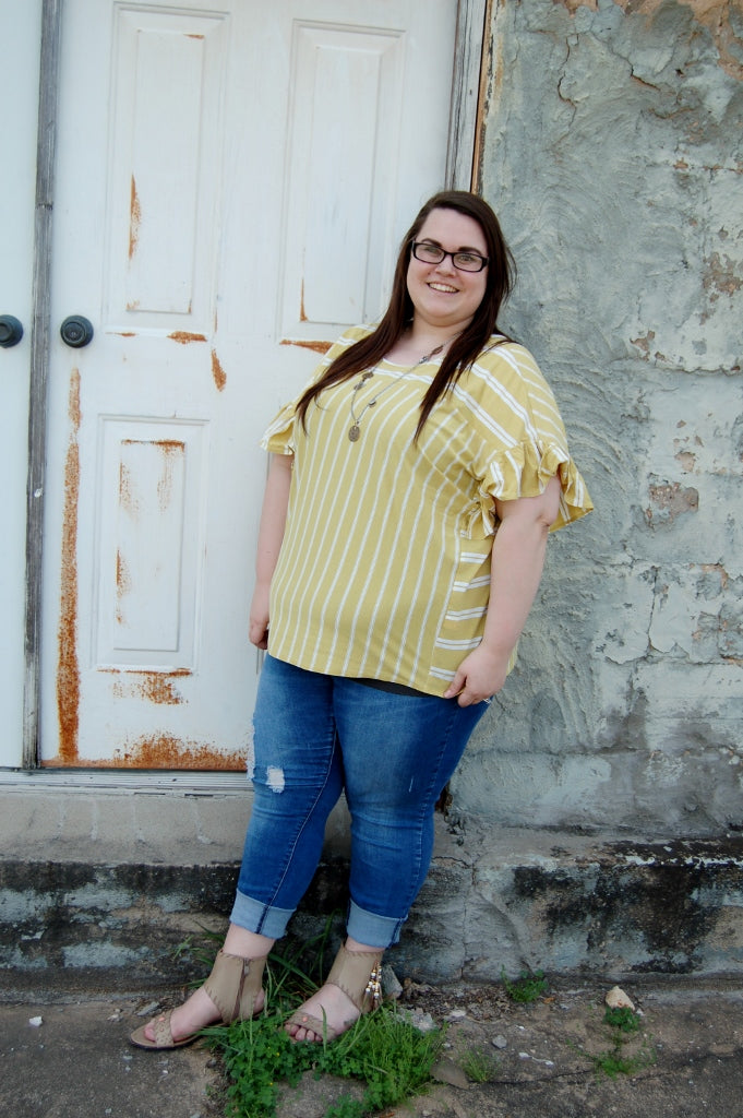 Plus size Lucky Brand yellow stripe top with flutter ruffle sleeve.  Curvy style top.  Bohemian plus size.  Quality plus size.
