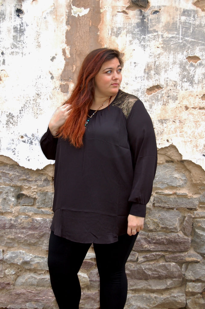 Gold Lace Detail Tunic - Kade & Cate