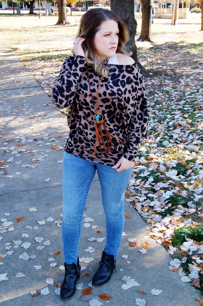 Leopard boat neck top.