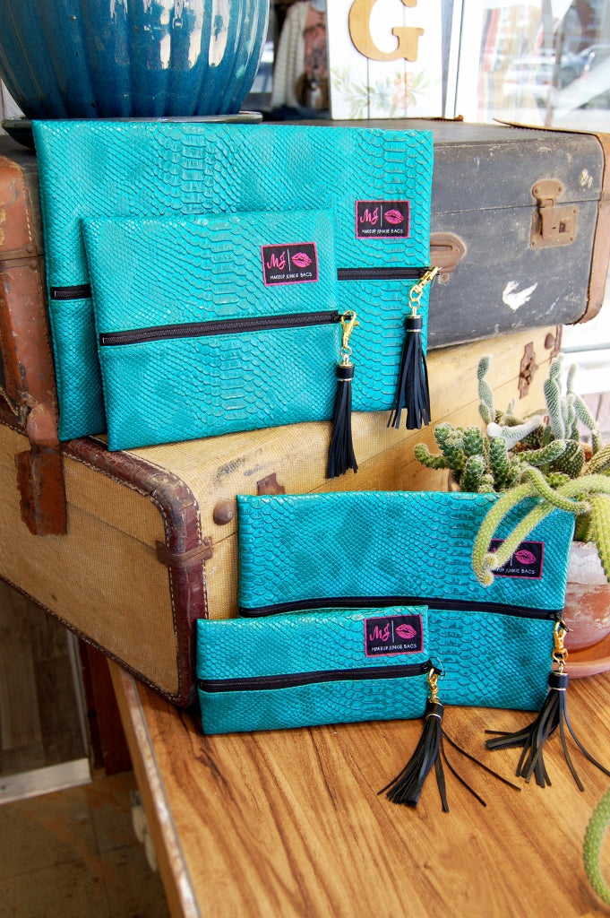 Make Up Junkie cosmetic bag.  Lifetime guarantee cosmetic bag.  As seen on shark tank.  meredith jurica make up junkie bags.  large make up junkie,  ranchers daughter turquoise dream make up junkie.