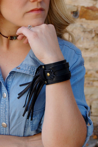 Western, Boho, Biker, edgy.  100% authentic leather.  Handmade leather cuff.  Jewelry Junkie leather cuff.  Leather cuff with fringe.  Jewelry Junkie leather fringe cuff.