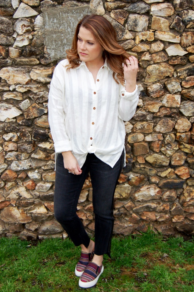 Aria Whitewashed Button Down Top - Kade & Cate