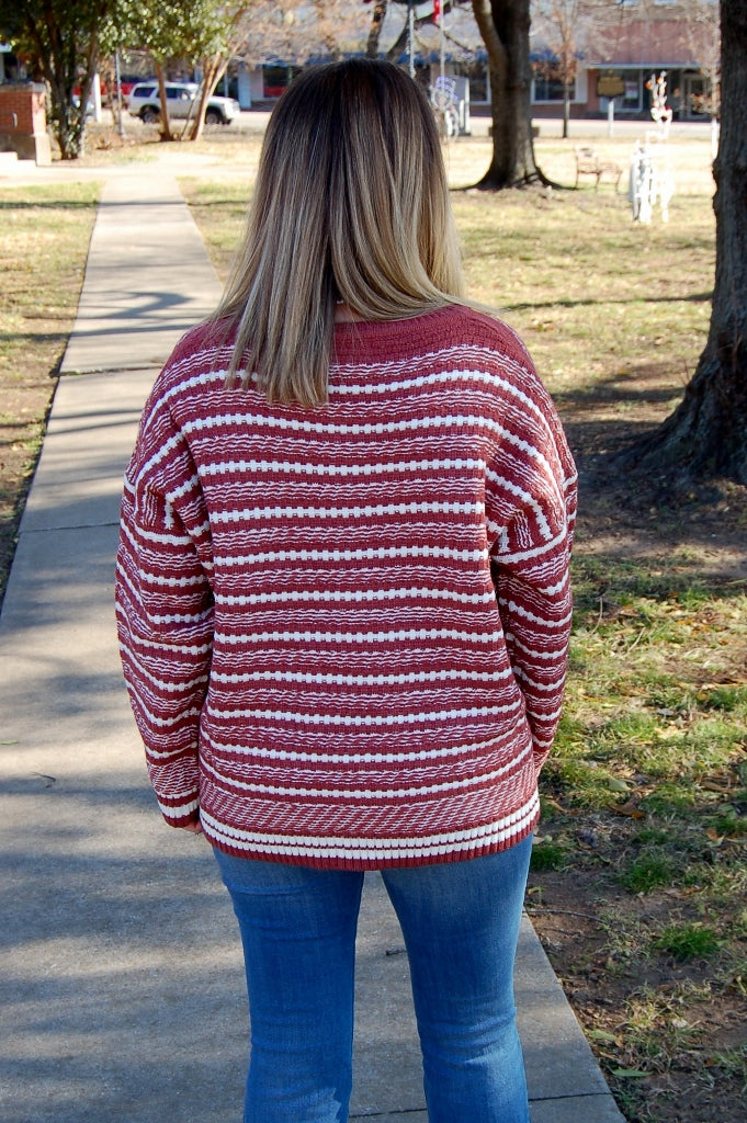 Fireside Cuddles Pullover Sweater - Kade & Cate