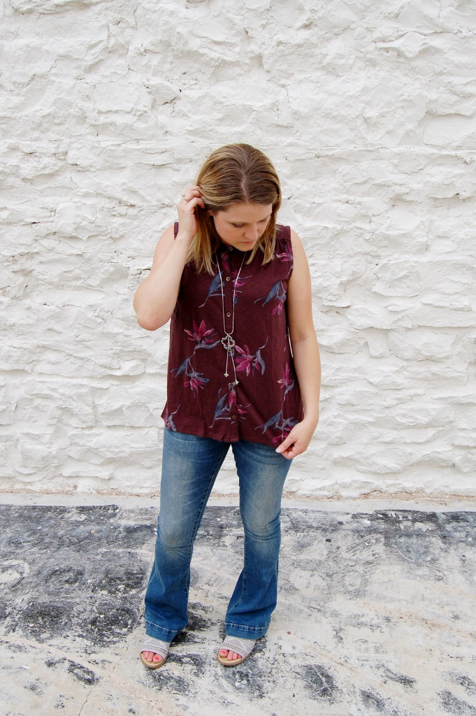 Floral Fronds Sleeveless Top - Kade & Cate