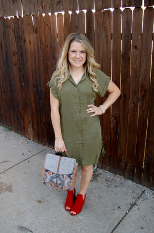 En Creme army green button down dress with side lace up detail and cuffed sleeves.  Fall tunic style dress.  Vintage button up dress.