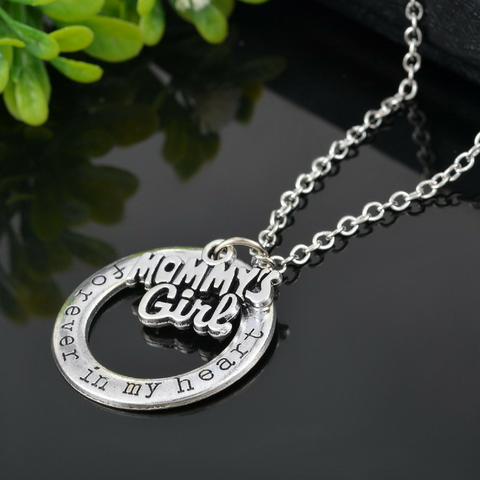 """Mommy's Girl"" Necklace"