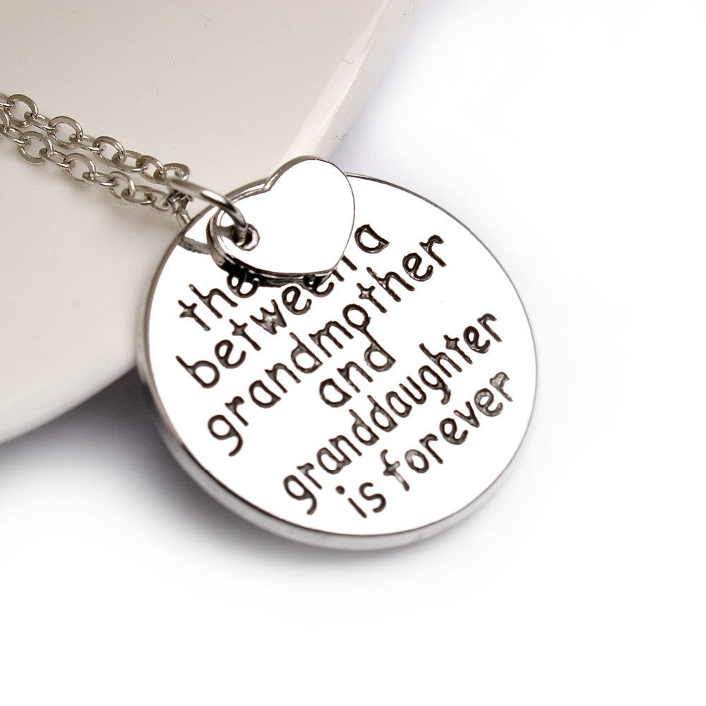 GORGEOUS /'I LOVE YOU TO THE MOON AND BACK/' GRAND DAUGHTER NECKLACE FREE GIFT BAG