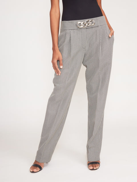 Low Waist Pleated Pants With Chain