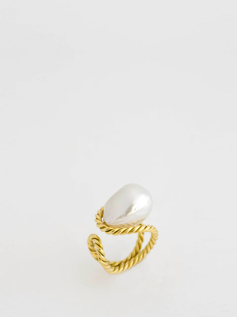 South Sea Pearl 18k Yellow Gold Ring