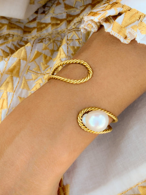 South Sea Pearl 18k Yellow Gold Bracelet,Haute Victoire,- Fivestory New York