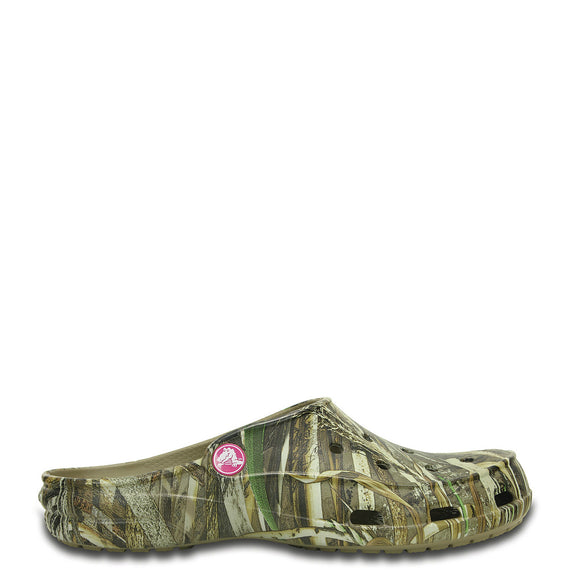 Crocs Women's Freesail Realtree Max-5 Clog - Khaki 202347-260 - ShoeShackOnline