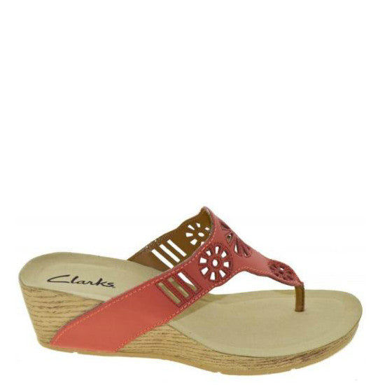 Clarks Women's Alto Seawalk Sandal - Coral Leather 68926 - ShoeShackOnline