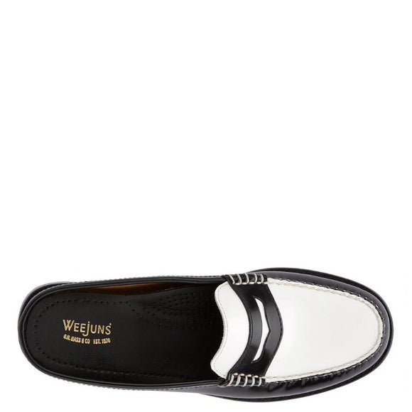 Bass Women's Weejuns Wynn Patent Leather Mule - Black/White 71-22864 - ShoeShackOnline
