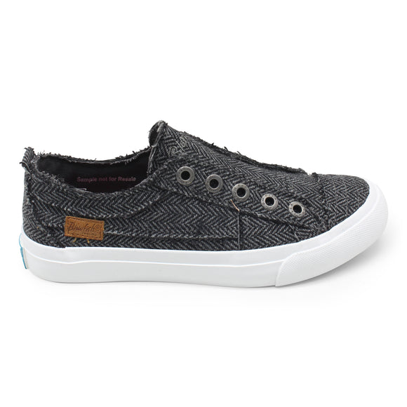 Blowfish Women's Play Slip On Sneaker ZS-0061 - Charcoal