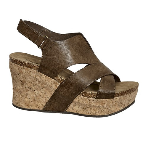 Pierre Dumas Women's Hester-21 Wedge 22616-134