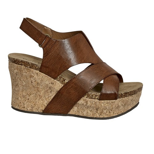 Pierre Dumas Women's Hester-21 Wedge 22616-135