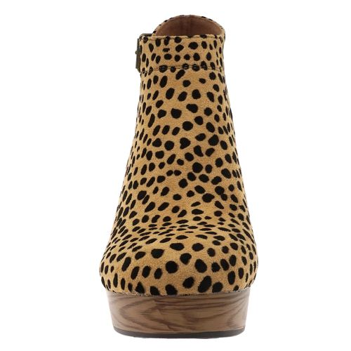 Pierre Dumas Women's Ponce-1 Ankle Bootie Cheetah 89975-450