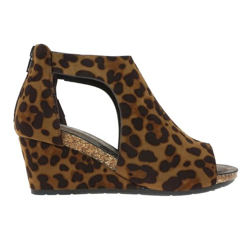 Pierre Dumas Women's Podium-5 Peep Toe Wedge Leopard 22361-452