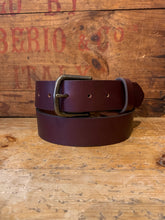 "Load image into Gallery viewer, 1 1/2"" COGNAC BELT"