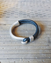 Load image into Gallery viewer, NICKEL HOOK BRACELET