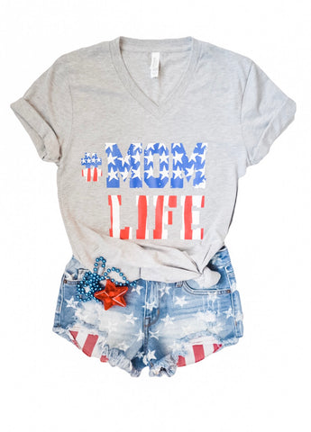 STARS & STRIPES #MOMLIFE Tee (Heather Grey)