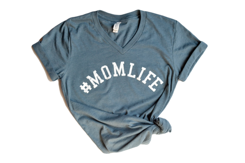#MOMLIFE V-Neck Tee in Slate with White