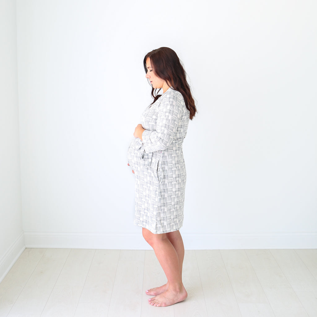 Mommy Robe in Rivers Gray